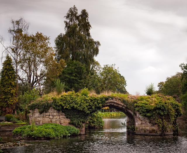 Old Warwick Castle Bridge